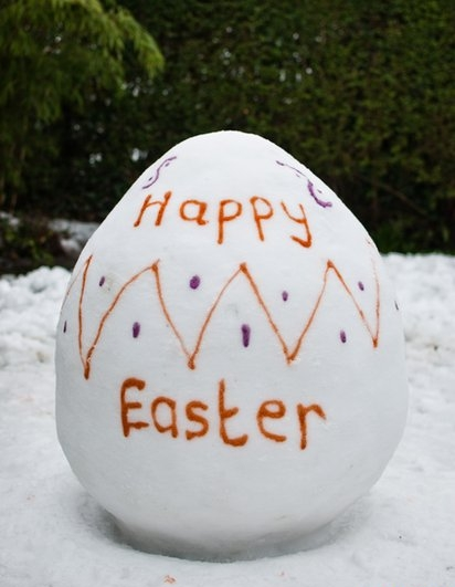 eastersnowegg