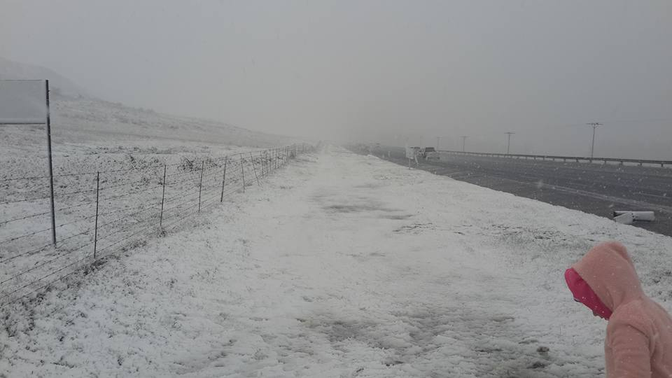 Snow outside of Harrismith - Nadine Bricklebank