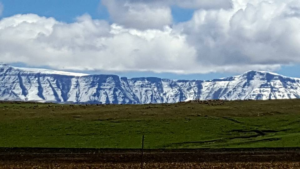 Snow covered mountains between Bushmansnek and Underberg, Southern Drakensberg KZN. -Madie Pretorius Botha