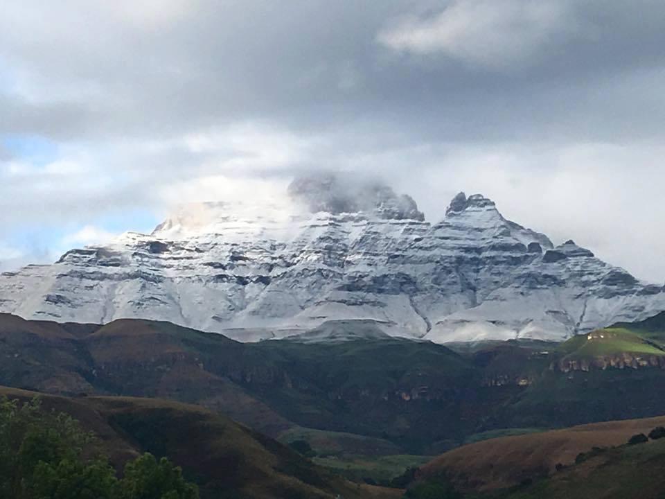 Champagne Valley, Central Drakensberg. (KZN) - Cathy Rautenbach